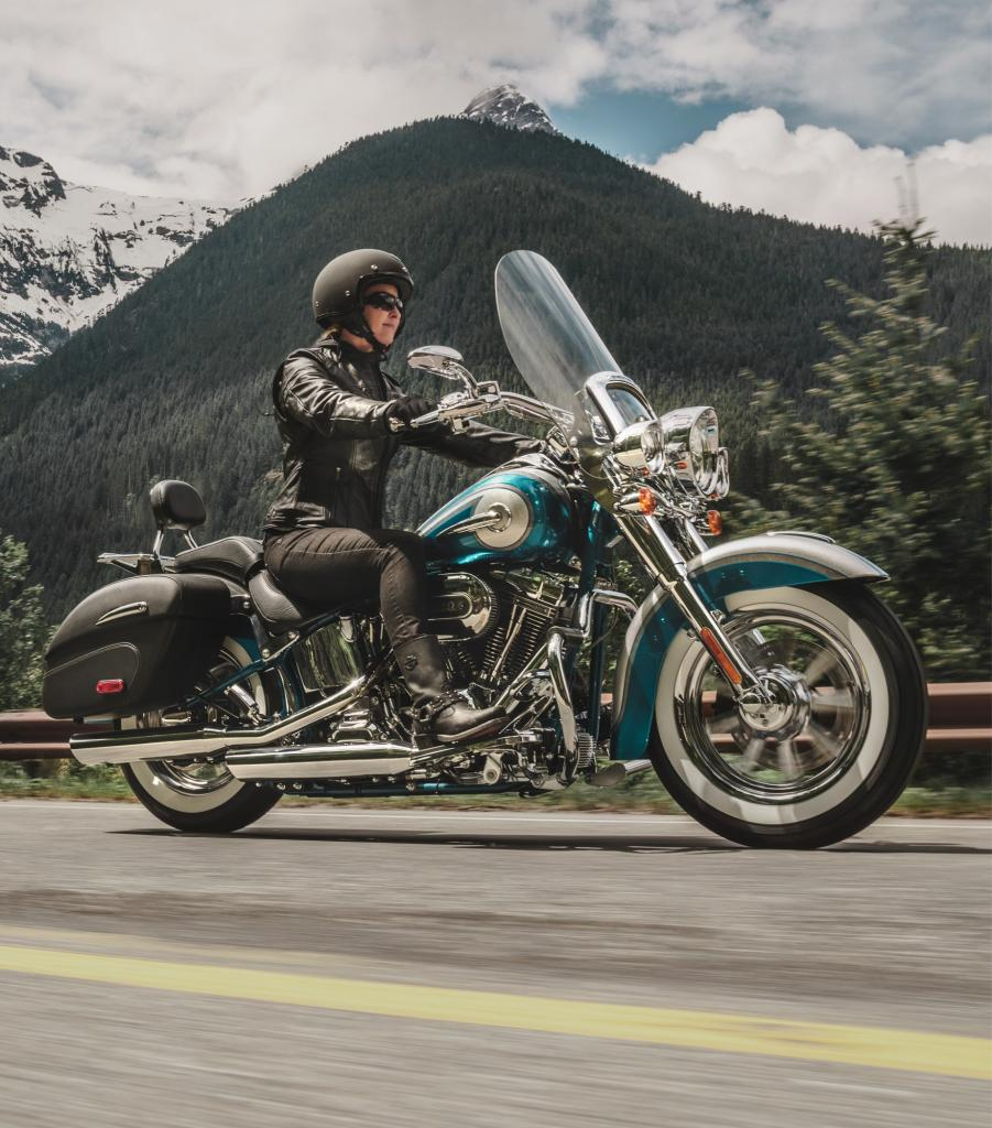 CVO™ Softail® Deluxe – 2015